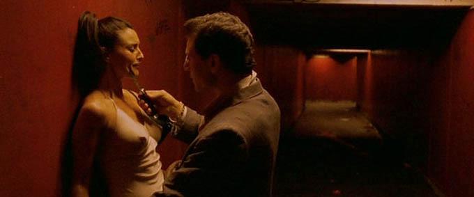 Zvrácený (2002)